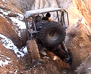 Chain drive extreme articulation 4x4