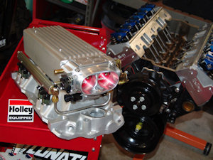 Chevy small block 383 stroker build using holley and lunati components