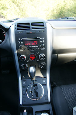 2009 Suzuki Grand Viatar XSport Interior