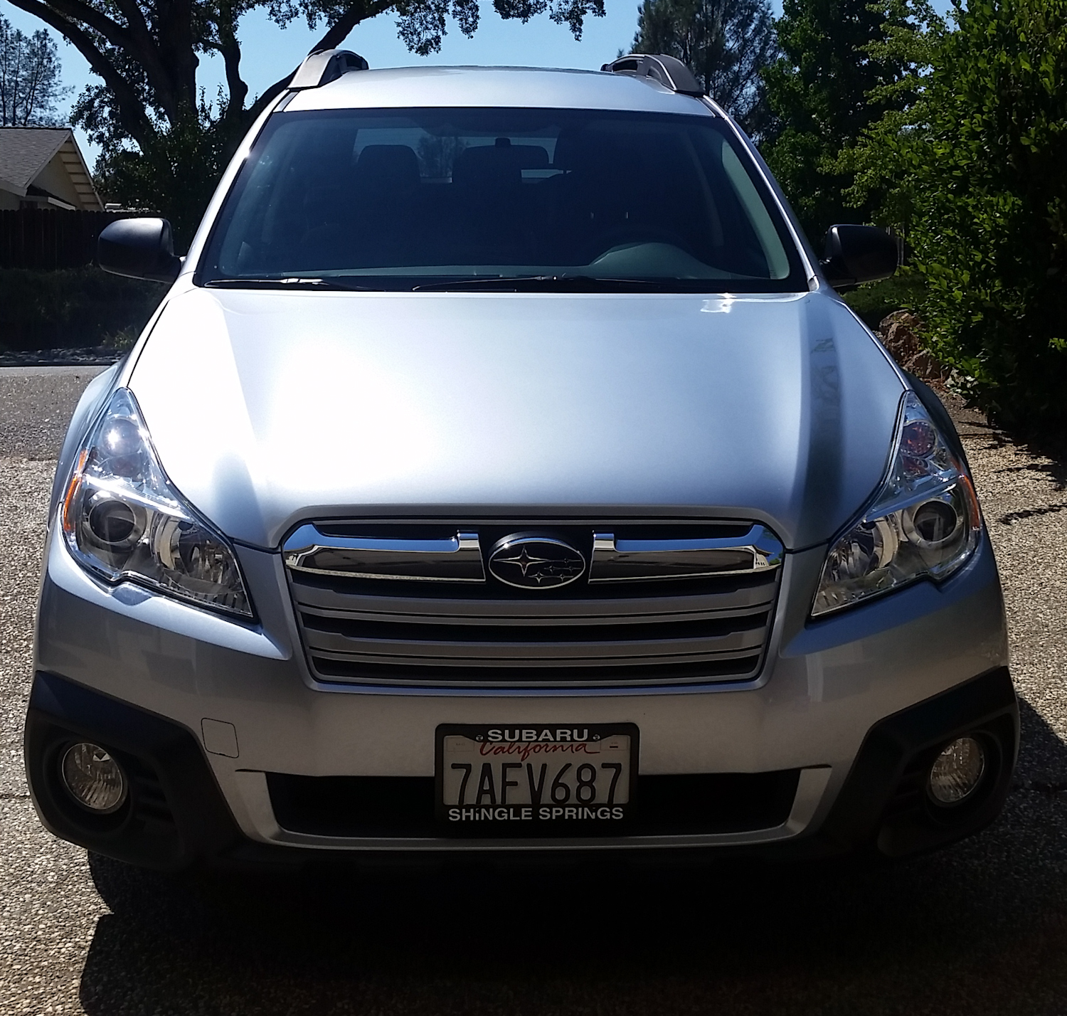 Subaru Outback 2.5i (2 of 4)